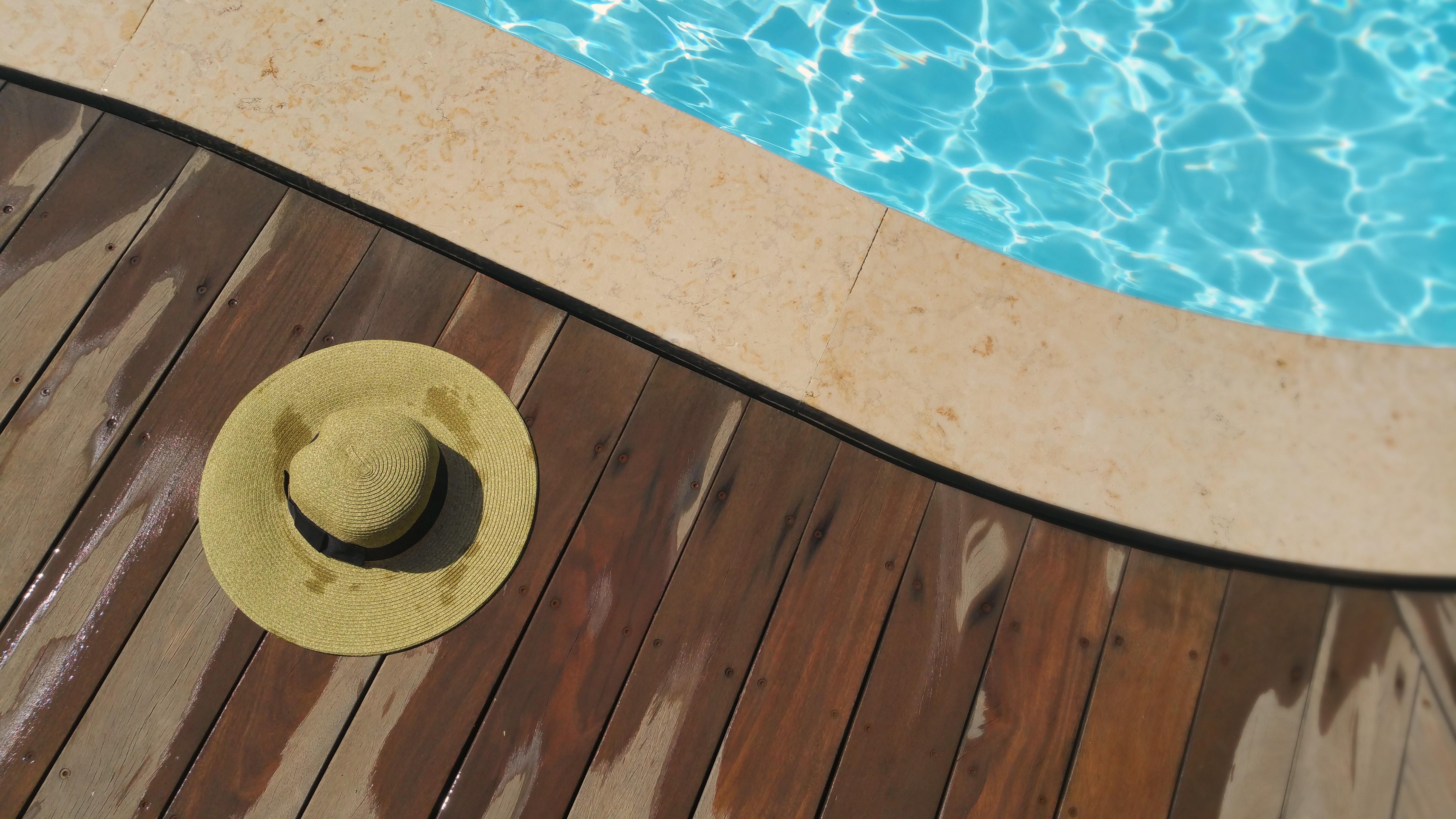 Peut on se baigner pendant l'entretien de la piscine?