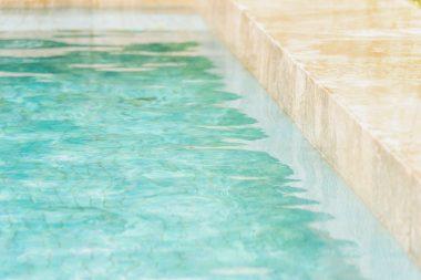 ph piscine trop haut baisser